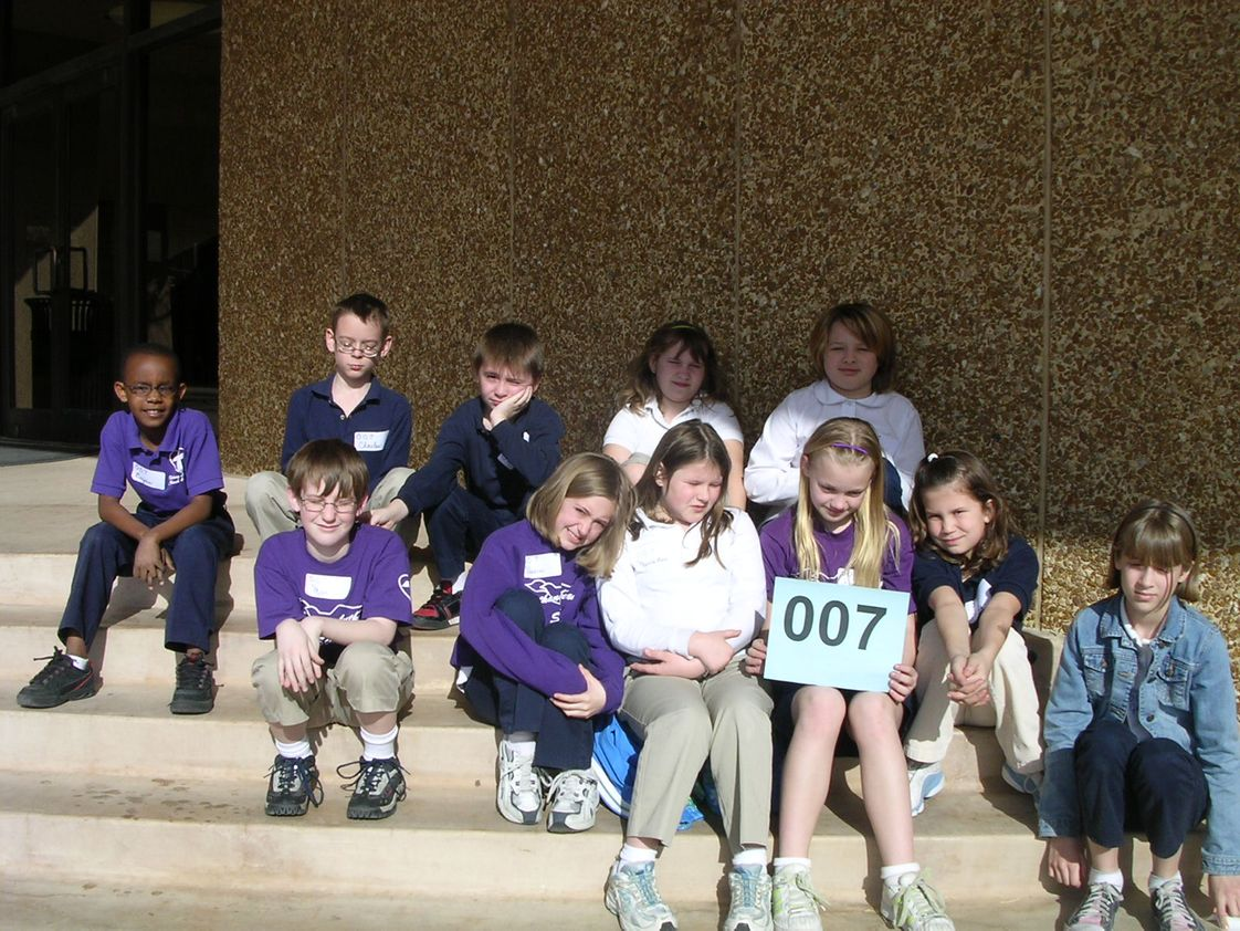 Bethany Lutheran School Photo - Third, Fourth and Fifth Grade at the 2006 Wichita Garden Show