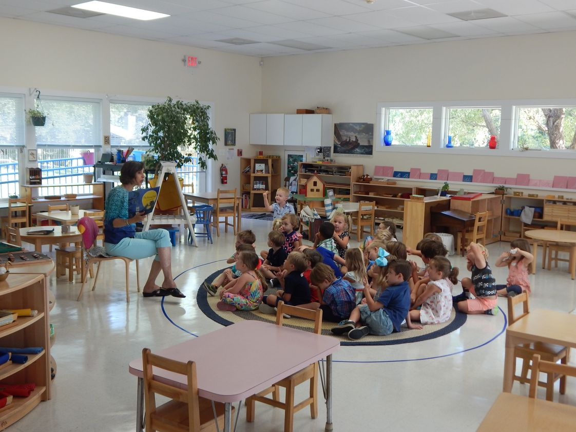 Montessori International Childrens House Photo #1 - One of our primary classrooms.
