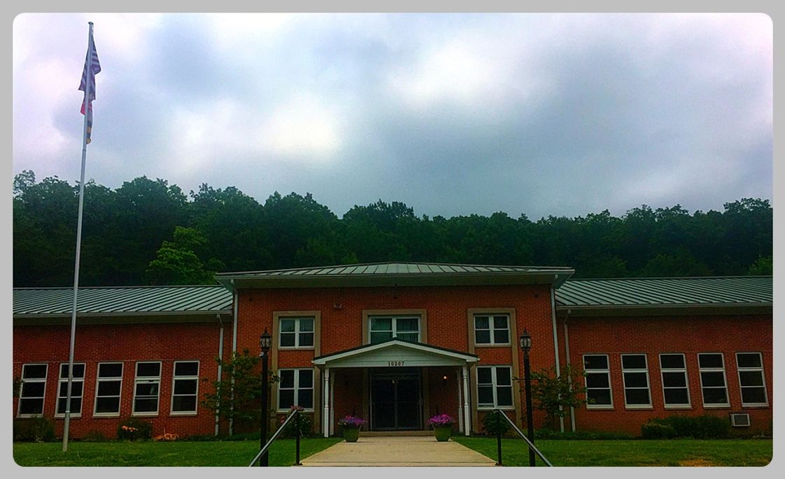 Mt Aetna Adventist School (maas) Photo - Front entrance of school building