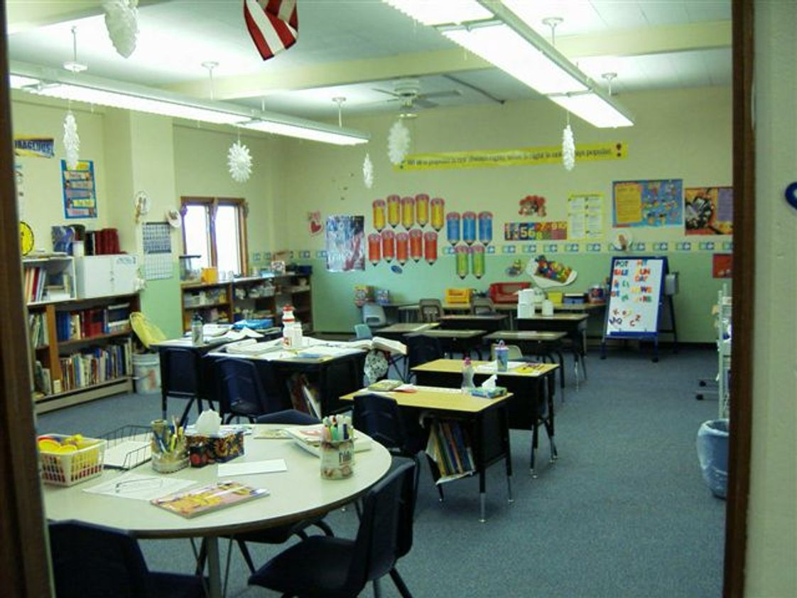 Zion Lutheran School Photo - Your child's academic classroom setting