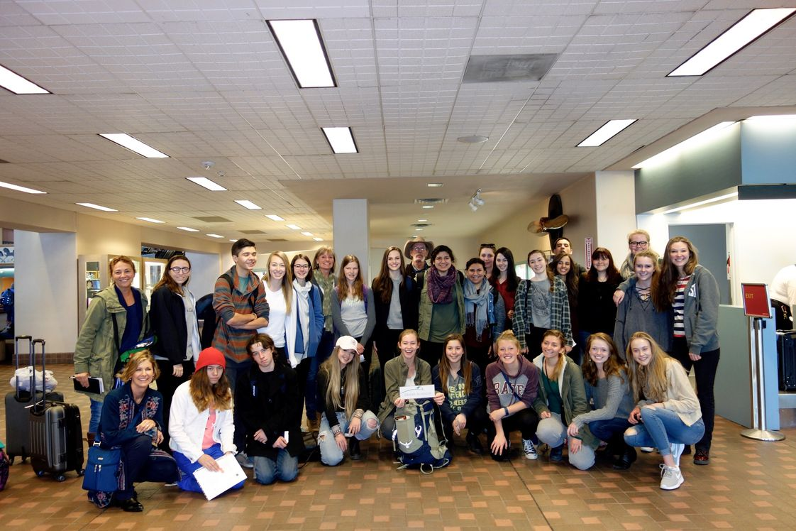 Desert Academy Photo - Students headed to Europe for 12 days of Spring break 2016! Itinerary includes London, Paris and Barcelona.