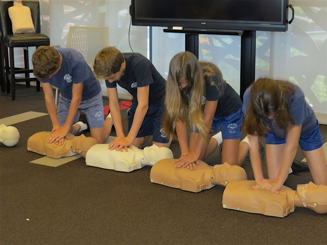Corpus Christi Elementary School Photo - 7th & 8th grade students learn the importance of CPR!