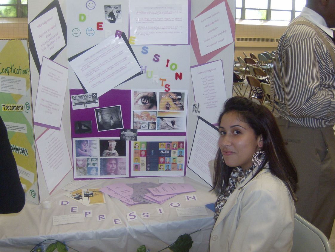 Philadelphia Mennonite High School (PMHS) Photo #1 - Students research and create presentations for the community at the PMHS annual health fair.