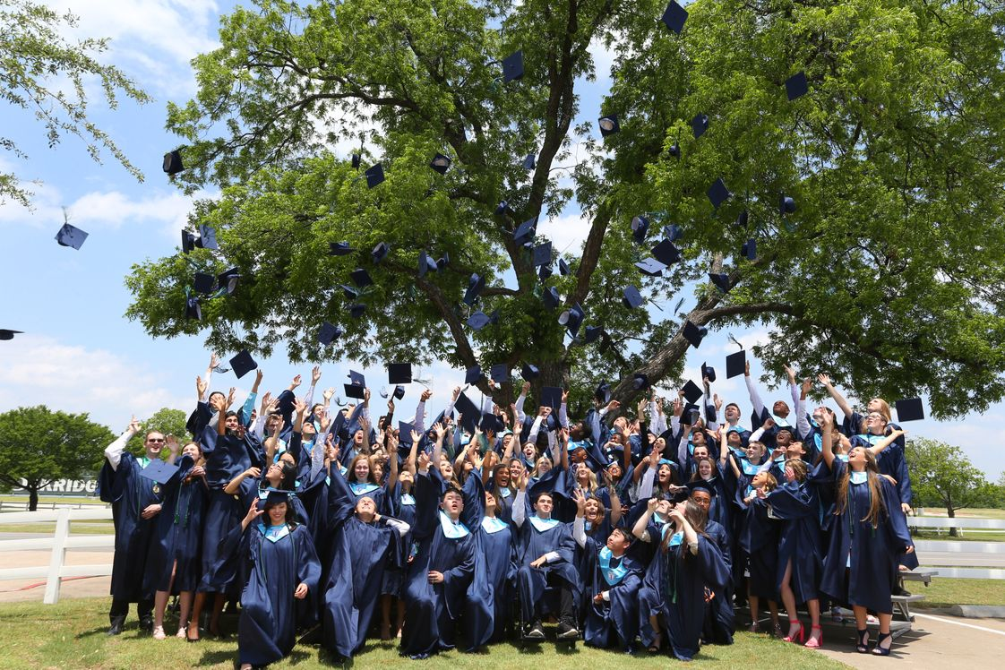 The Oakridge School Photo #1 - In the past five years, 100% of Oakridge's graduates have been accepted to four-year colleges.