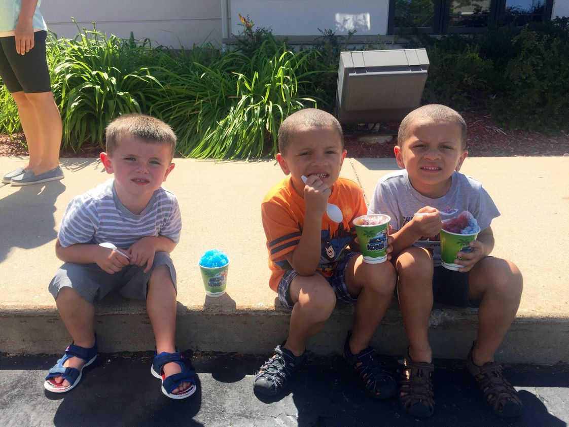 Sonnenberg School Photo - Enjoying some Kona Ice